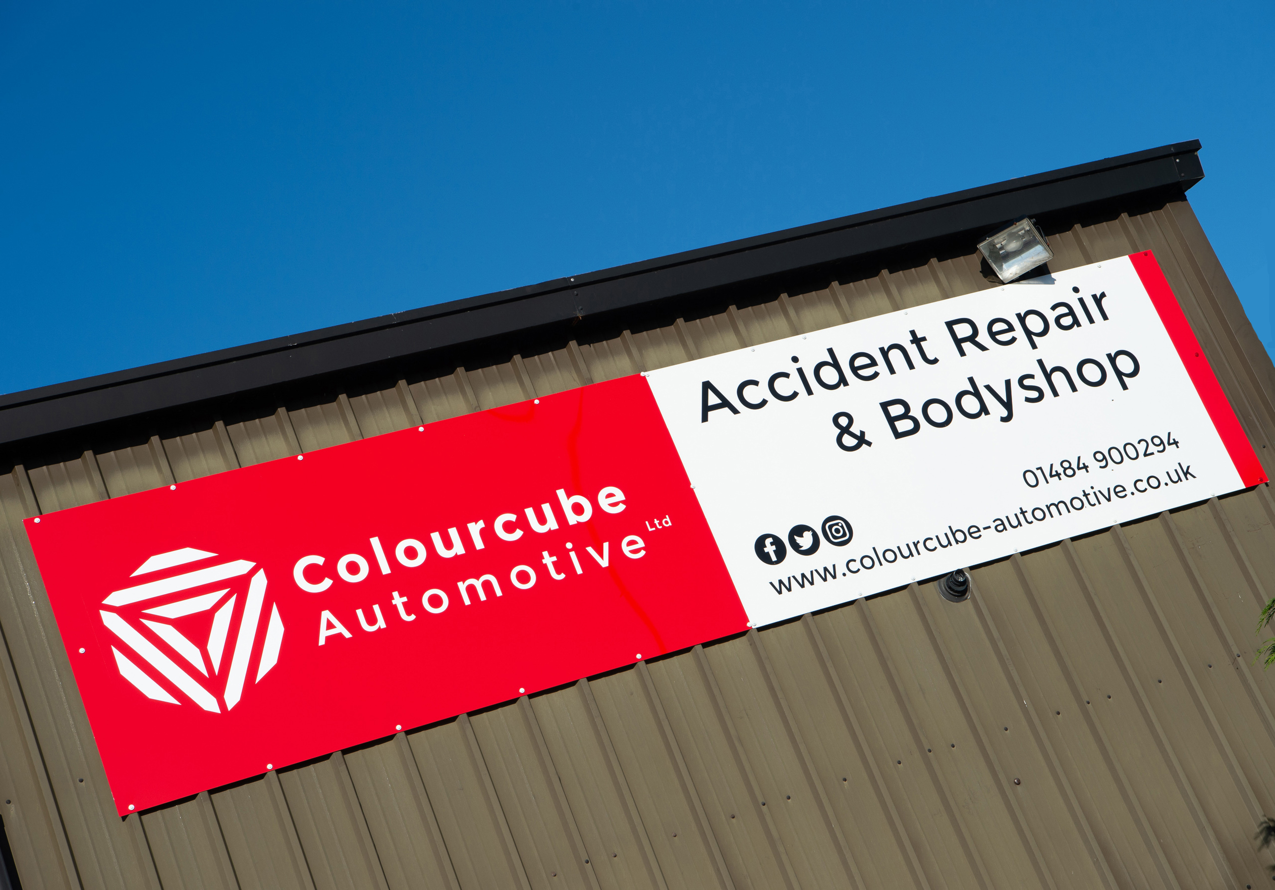 Colourcube Automotive - Your Local Award Winning Accident Repair Centre!